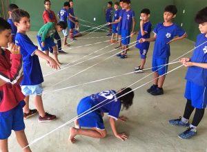 criancas asp brincando com cordas sao sebastiao df